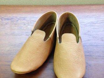 牛革 ブラウン モカシンシューズ ルームシューズ 革靴の画像