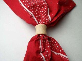 スカーフリング(ブナ)の画像