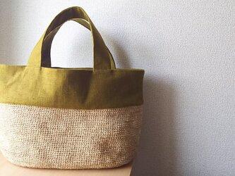マダガスカル産ラフィアと鎌倉リネンのバッグ なたね色(YOKO)の画像