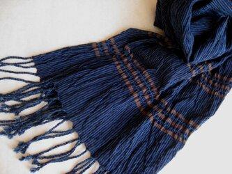 藍の手織りしぼストール(L)の画像