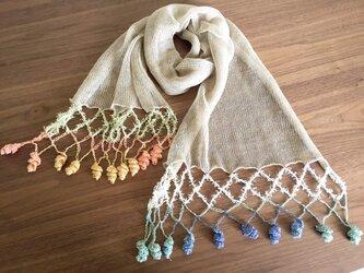 リネンの機械編みストール オレンジ系×ブルー系の画像