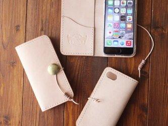 ヌメ革 手縫い 手帳型コンチョ付スマートフォンケース iPhone用 ※他機種応相談の画像