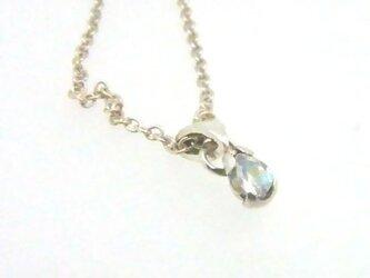 ムーンストーンの青い雫 ネックレスの画像