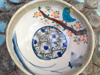 再出品・花の樹と青い鳥の御飯茶碗の画像