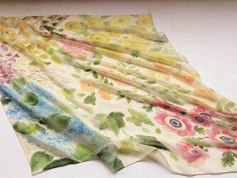 シルクスカーフ「garden2」の画像