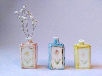 小瓶型花器(春色ver)の画像