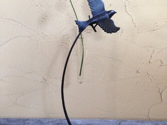 u様 オーダー品 花を摘む小鳥の一輪挿し2個セットの画像
