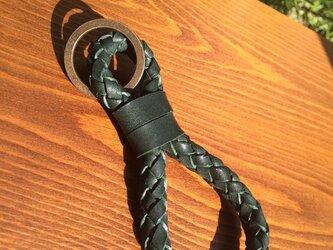 キーホルダー 6本組紐 深緑系統の画像