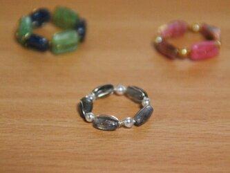 大地の欠片の指輪【ラブラドライト】の画像