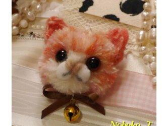 毛糸の子ネコブローチ(ペールピンク)の画像