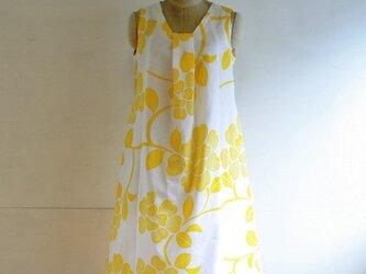 綿 黄色花 タックワンピース Mサイズの画像