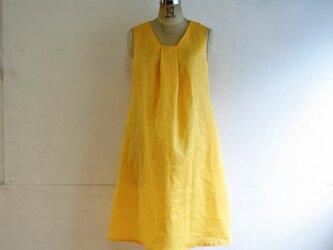 麻 黄色 タックワンピース Mサイズの画像