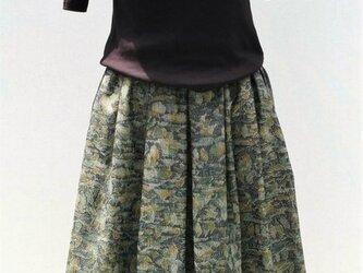 正絹着物リメイク:タックスカート の画像