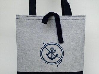 刺繍入り帆布トートバッグ 丸に錨 グレー杢/ネイビーの画像