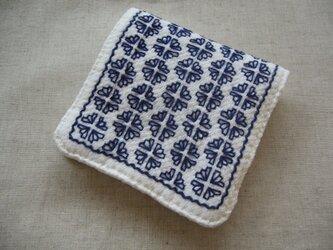 ◆◇◆レトロ花刺繍のハンカチ【blue】◆◇◆の画像