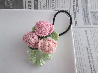 巻薔薇ヘアゴム:ピンクグラデーションの画像