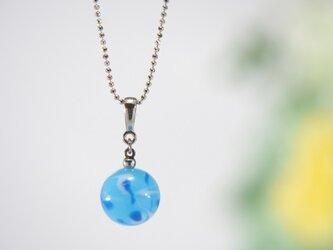 水風船ネックレス 水色の画像
