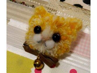 毛糸の子ネコブローチ(イエロー)の画像