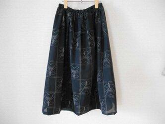 再販★夏の黒の着物リメイクスカートの画像