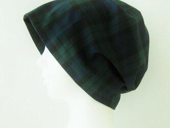 夏に涼しく下地にもなる ゆったりガーゼ帽子 ブラックウォッチ 黒 (CGR-009-BWB)の画像