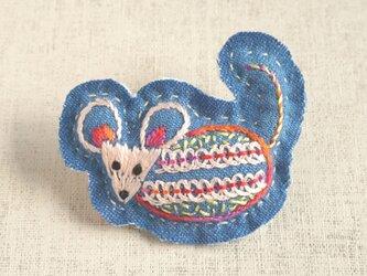 手刺繍干支ブローチ「子」[受注制作]の画像