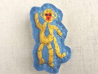 手刺繍干支ブローチ「申」[受注制作]の画像
