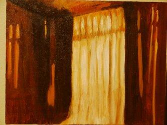夕方の部屋の中の画像
