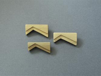 木製のシンプルブローチ tier series No.4 (br004)の画像