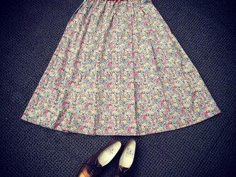 ふんわり上品リバティスカートの画像
