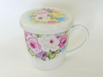 手描きのマグカップ(蓋付き)ぐるっと花束の画像