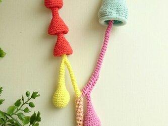 かぎ編みネックレス〈カラフルドロップ〉の画像