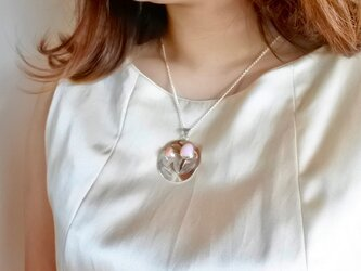 ローズクオーツ サンゴのお花ネックレスの画像