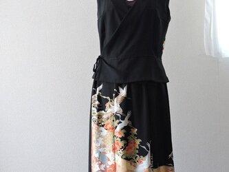 着物リメイク:留袖のカシュクールセットアップ(鶴)の画像