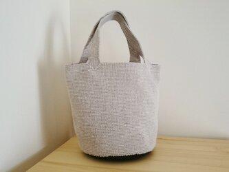 麻糸と裂き布編みのバケツ型トートバッグ 亜麻色×ブラックの画像