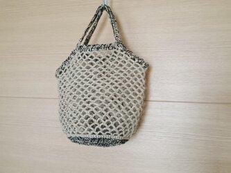 麻糸編みのネットミニバッグ 亜麻色×ブラックmixの画像