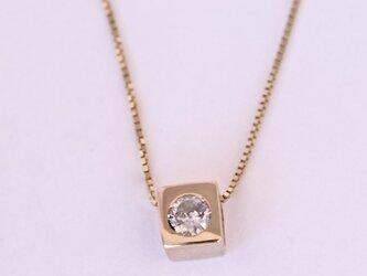 ダイヤモンドネックレスの画像