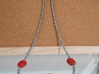 アフリカンサンゴの淡水真珠ネックレス 50センチの画像