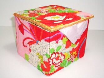《送料無料》ロールティッシュケース飾り箱 ー 椿 ーの画像