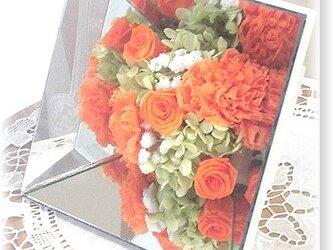 NO109 プリザーブドフラワー ギフト ミラーアレンジ(オレンジ) 母の日 誕生日 送料無料の画像