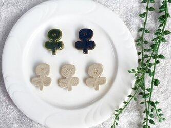 【陶土】お花 ブローチ ヘアゴムの画像
