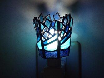 ステンドグラス おやすみライト 「波音 (2)」の画像