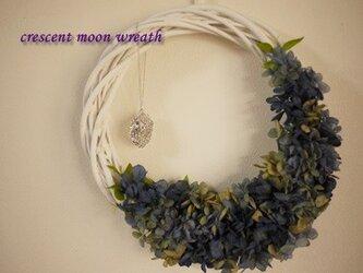 crescent moonリースの画像