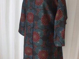 軽さが魅力大島のストレートチュニック 絹の画像