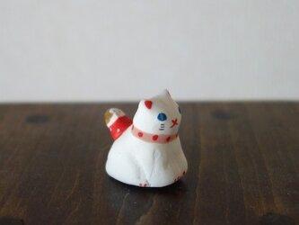 猫とお散歩のフェーブ(白猫)の画像