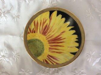 ひまわりの絵皿の画像