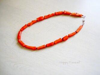 枝珊瑚のネックレスの画像