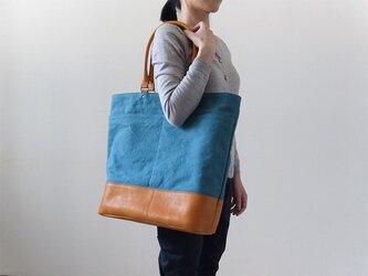 【残りわずか】一泊旅行やピクニックに! - オーバーナイトバッグ - ターコイズ:カレン クオイルの画像