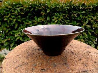 そうめん鉢にもサラダボウルにも使えるとっても綺麗な紫釉サラダボウルの画像