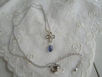 宝石質プチアイオライトのネックレスの画像