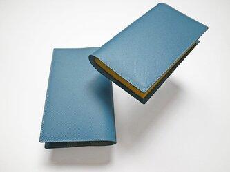 -ポケミス- ドイツ製牛革のブックカバー - ライトブルー - :カレン クオイルの画像